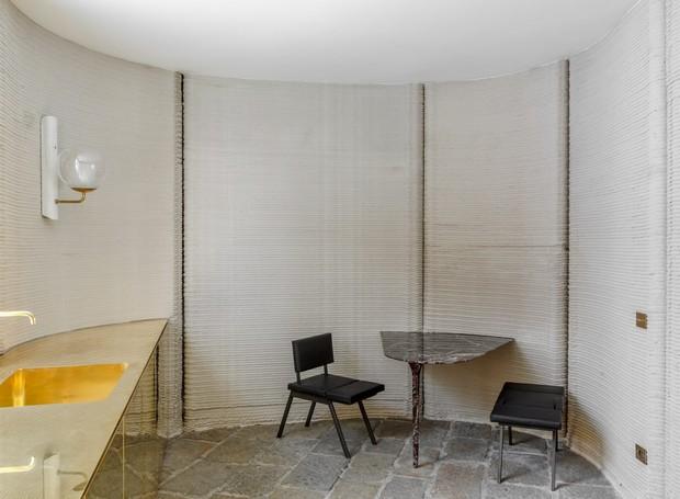 A casa da impressora 3D ybe Construcition conta com sala, banheiro, cozinha, quarto e terraço (Foto: Deezen/ Reprodução)