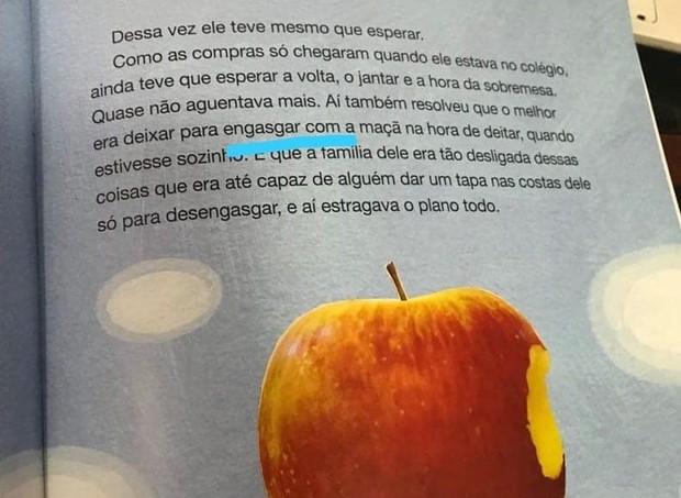 """Página 23 do livro """"O menino que espiava pra dentro"""" (Foto: Reprodução Facebook)"""