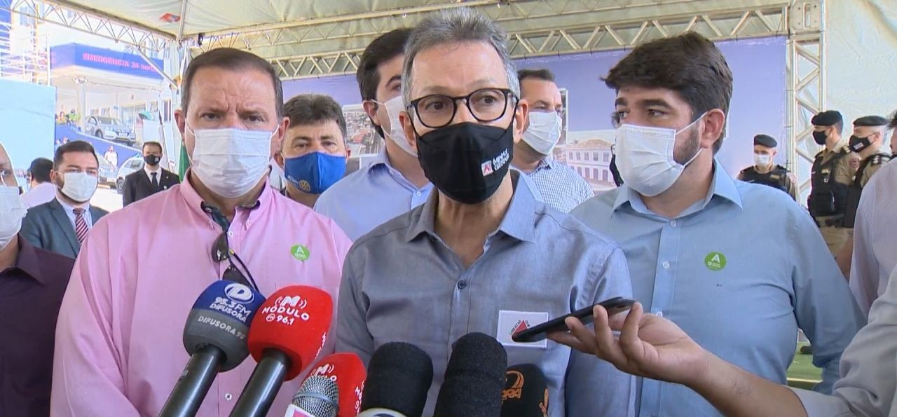 Vacina Covid-19: governador Romeu Zema confirma continuidade de imunização de adolescentes em Minas, durante solenidade em Patrocínio