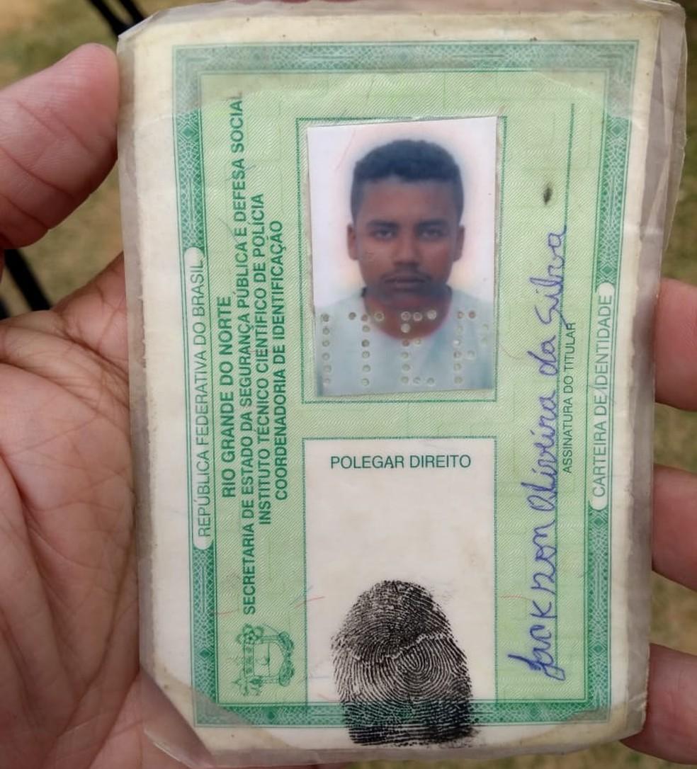 Dono de salão foi morto na manhã desta sexta-feira (13) em Mossoró (Foto: Isaiana Santos/Inter TV Costa Branca)