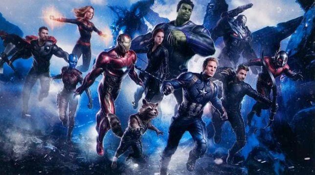 Os Vingadores em arte do quarto filme (Foto: Reprodução)