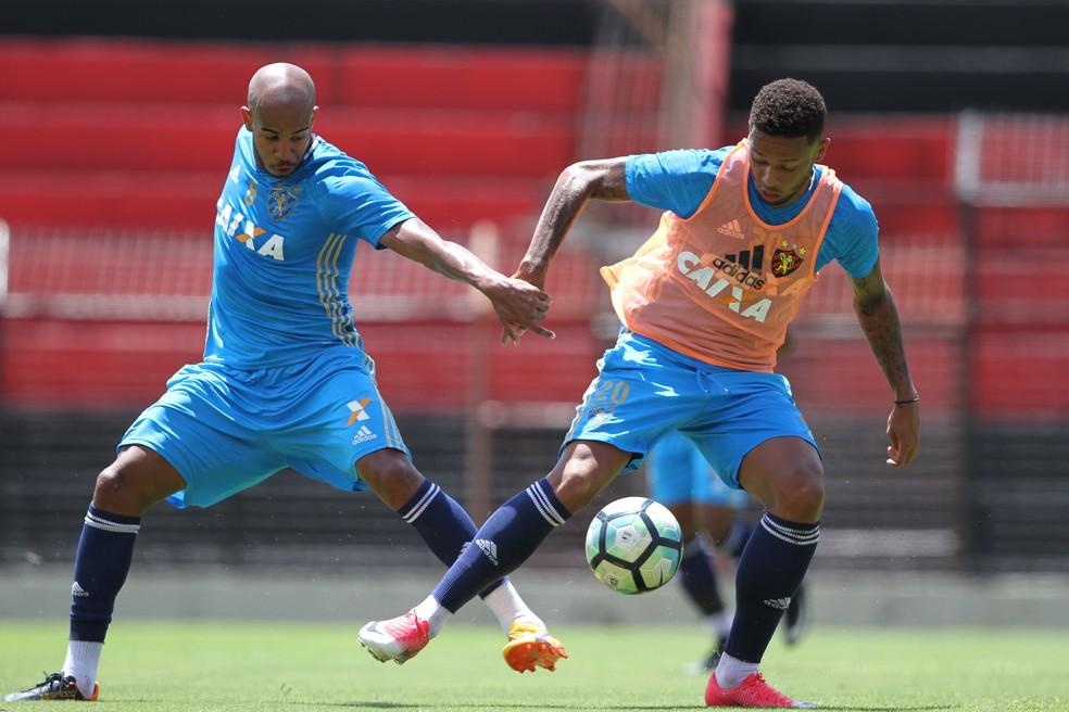Patrick e André juntos no Sport (Foto: Marlon Costa/Pernambuco Press)