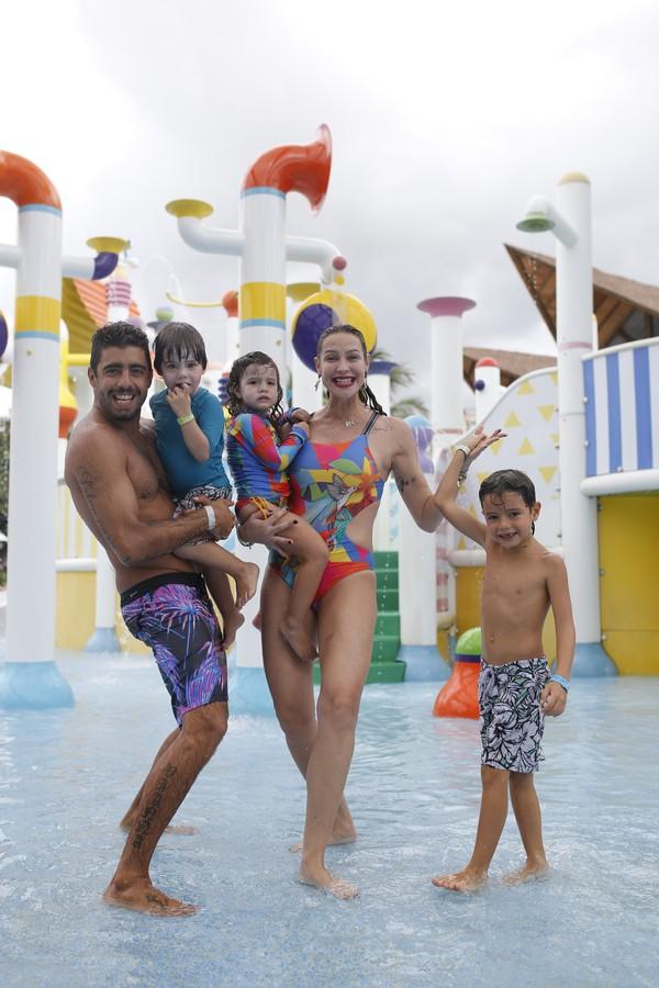 Luana Piovani durante viagem em família (Foto: Divulgação)