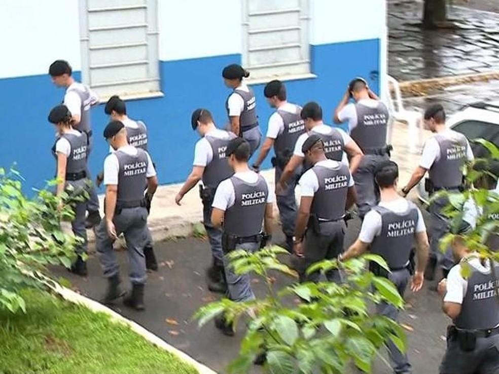 Onze policiais militares do ES já foram excluídos por participação na greve (Foto: Reprodução/TV Gazeta)