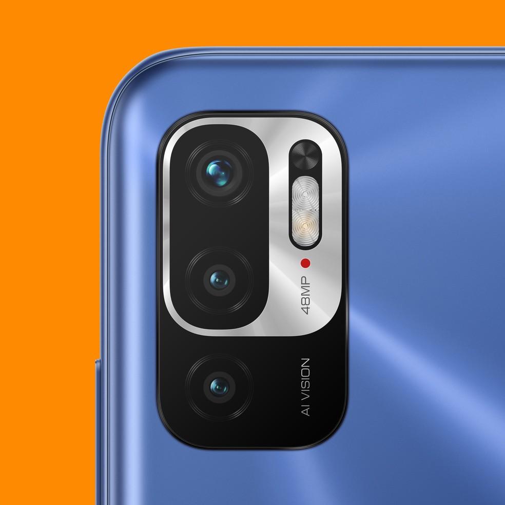 Câmera tripla na traseira do Redmi Note 10 5G — Foto: Divulgação/Xiaomi
