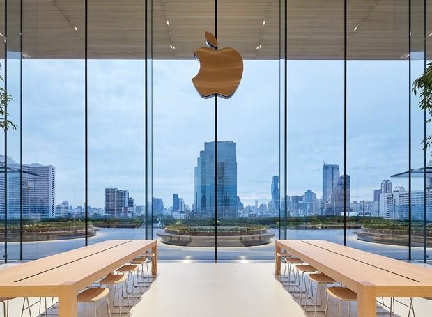 Paineis de vidro deixam a luz natural entrar na loja da Apple na Tailândia (Foto: Apple/Reprodução)