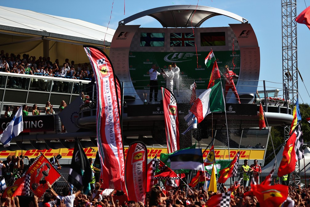 Hamilton P1, Bottas P2 e Vettel P3: a festa do pódio em Monza (Foto: Getty Images)