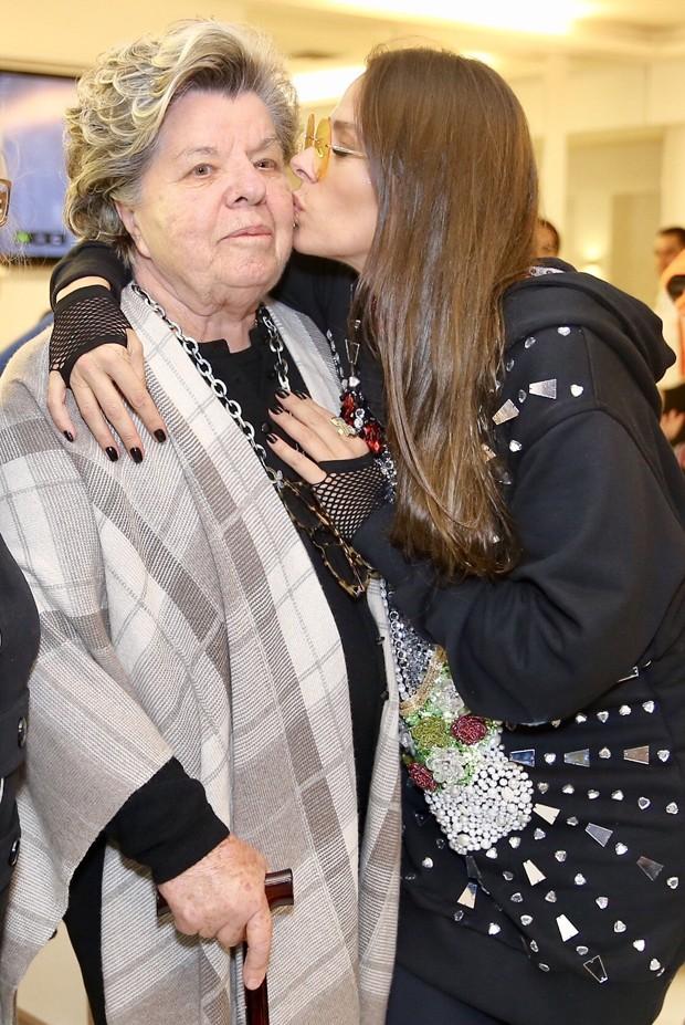 Adriane Galisteu e a mãe (Foto: Manuela Scarpa/Brazil News)