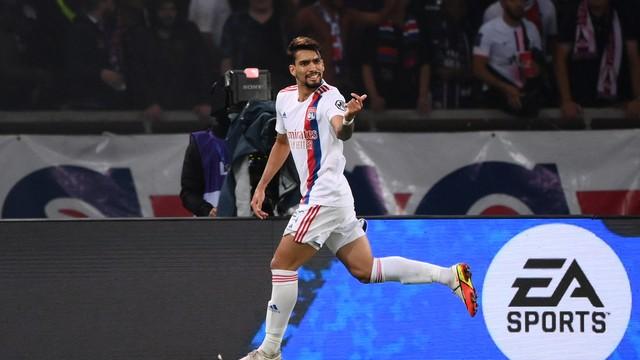 Lucas Paquetá marcou o único gol do Lyon no jogo