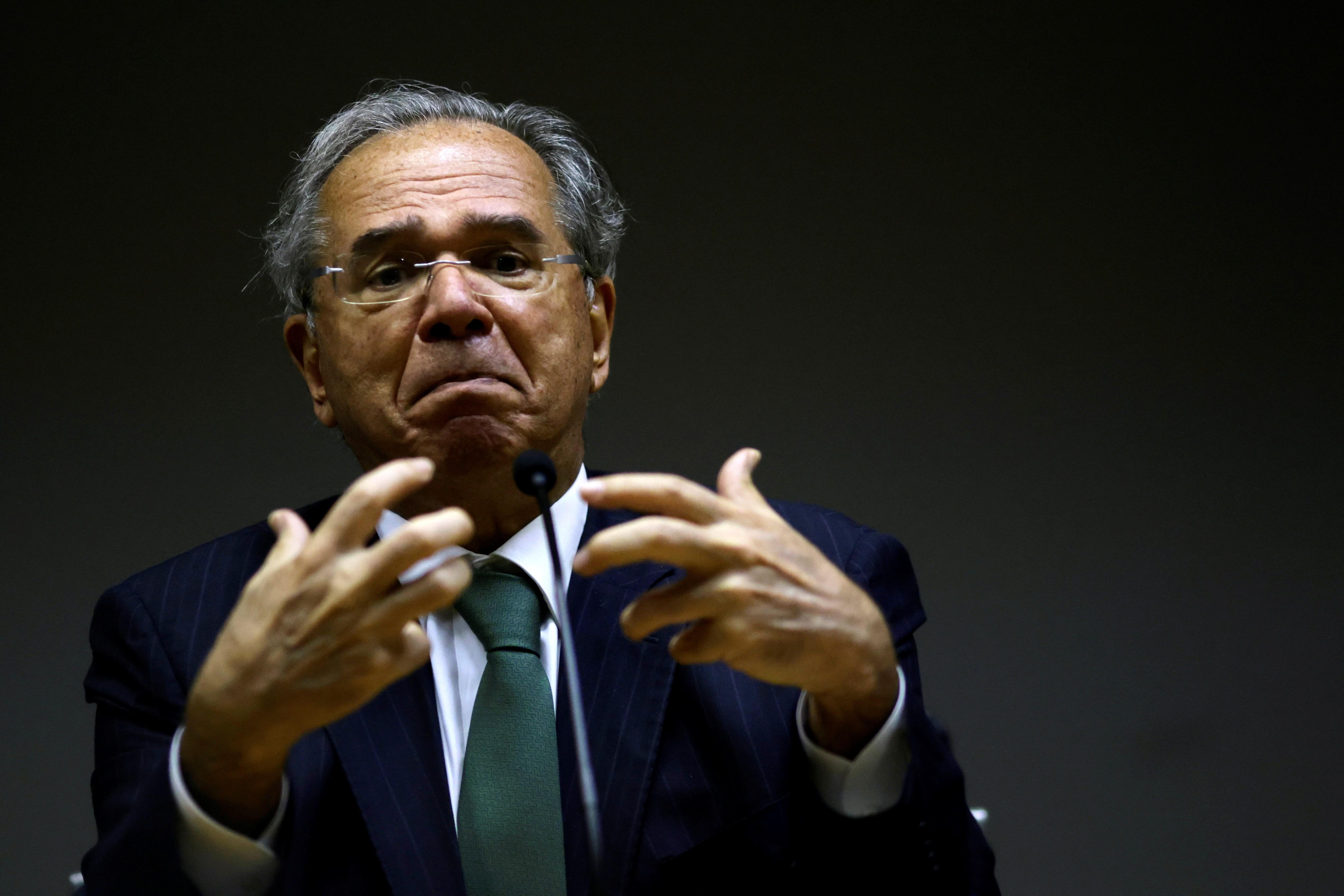 Veja frases de Paulo Guedes em coletiva sobre teto de gastos