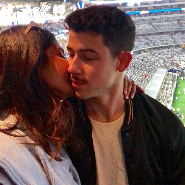 Nick Jonas e Pryanka Chopra (Foto: Reprodução / Instagram)