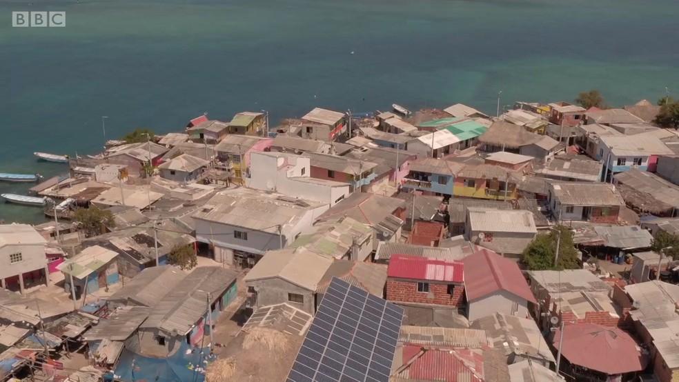 Santa Cruz del Islote é conhecida como a ilha 'mais densamente povoada do mundo' (Foto: BBC)