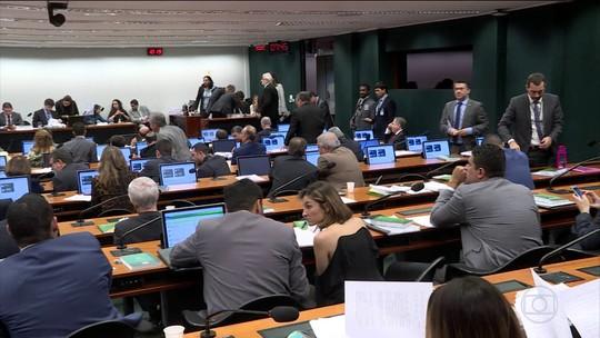 Reforma da Previdência: 65 deputados discursaram durante 12 horas