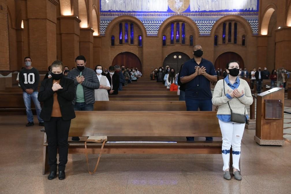 Santuário Nacional de Aparecida retomou missa com a presença de fiéis no fim de julho — Foto: Thiago Leon/Santuário Nacional