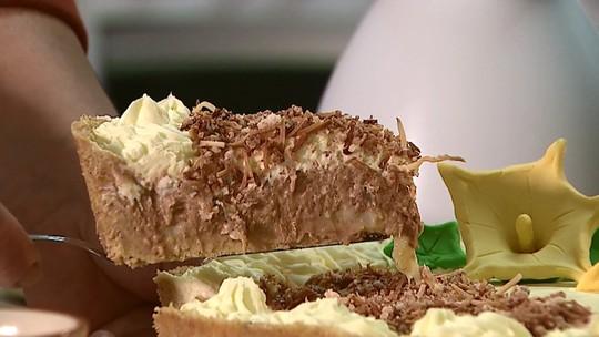 Aprenda a preparar receita de torta doce com recheio de abóbora
