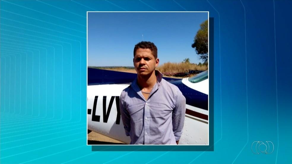 Murillo Ribeiro na época da prisão em Formoso do Araguaia  — Foto: Reprodução/TV Anhanguera