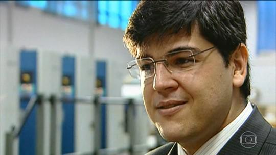 Empresário acusa governador de MG de ter recebido R$ 10 mi em propina