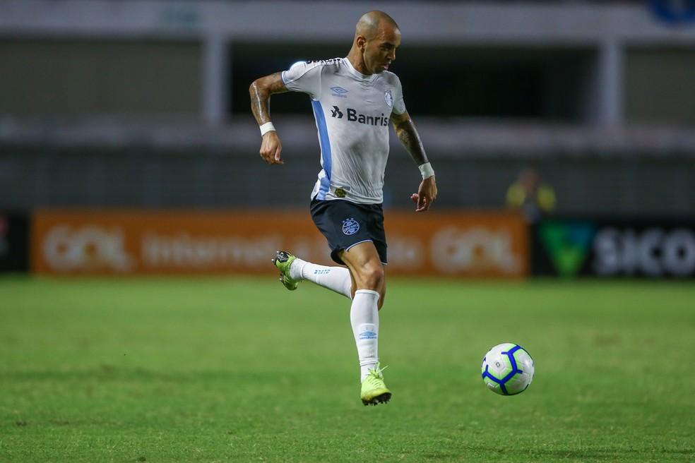 Tardelli na partida no Rei Pelé — Foto: Lucas Uebel/DVG/Grêmio