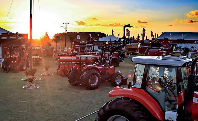 Máquinas expostas na Expodireto, na Show Rural Coopavel (Foto: Divulgação)