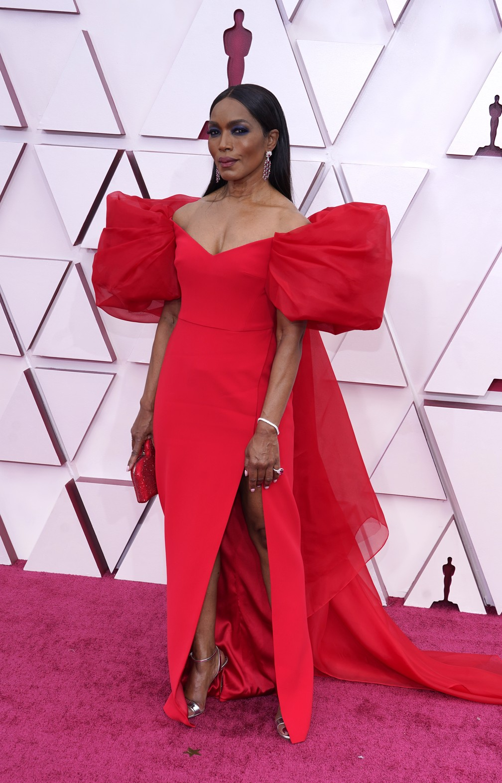 Angela Bassett no Oscar 2021 — Foto: AP Photo/Chris Pizzello