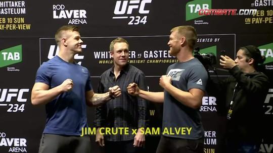 Sem estrelas principais, media day do UFC 234 têm encaradas amistosas