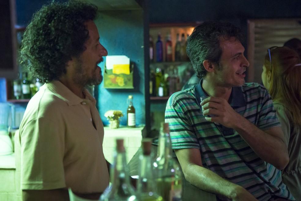 Irmão aparece e Elis Miranda fica em pânico ao vê-lo na plateia — Foto: Artur Meninea/Gshow