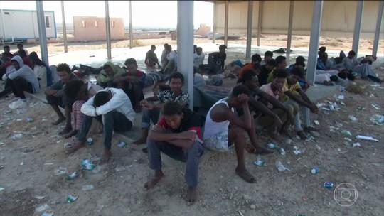 ONU acredita que 150 pessoas morreram em um naufrágio no Mediterrâneo
