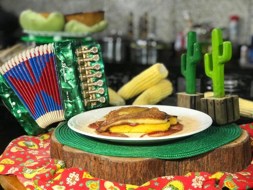 Aprenda como fazer receita de cartola de pamonha com goiabada cascão na temporada junina do Chef JPB