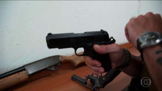 Políticos com mandato, jornalistas da área policial e caminhoneiros poderão andar armados