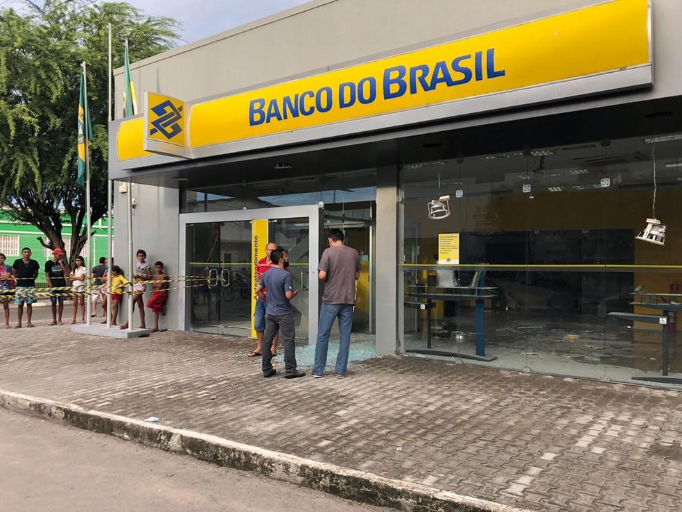 O ataque ocorreu por volta das 3h desta terça-feira (7) — Foto: Mateus Ferreira