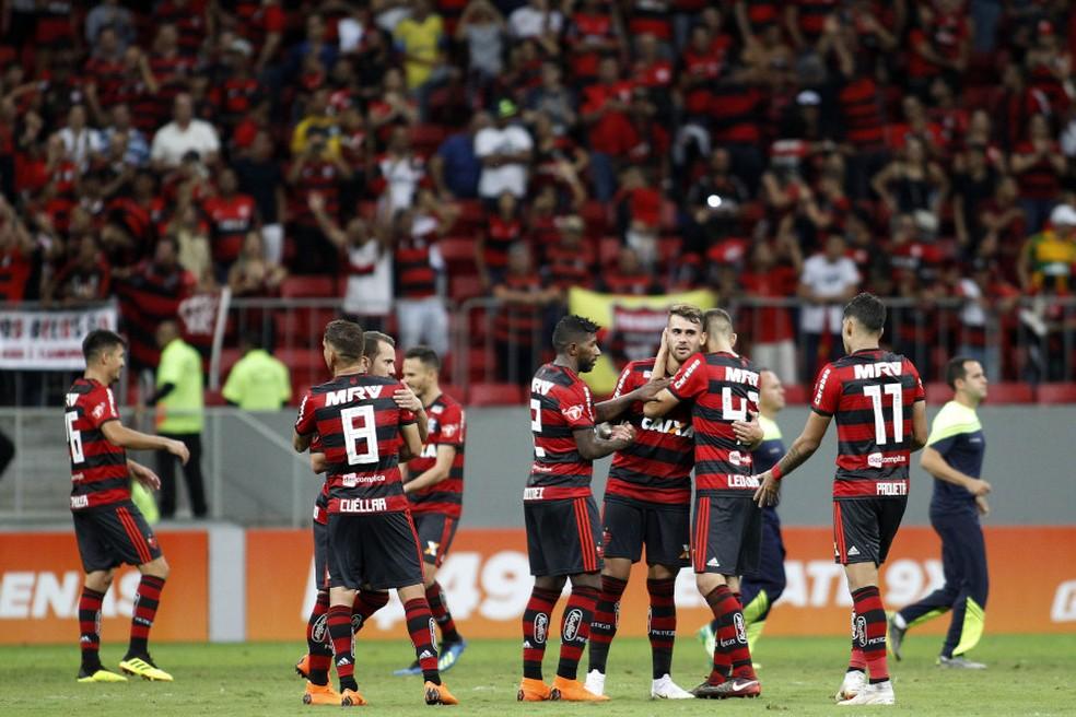 Comandado por Vinicius Paquetá e Vizeu, Flamengo venceu o Fluminense com autoridade em Brasília, em 2018, diante de 70 mil pessoas — Foto: Divulgação/Flamengo