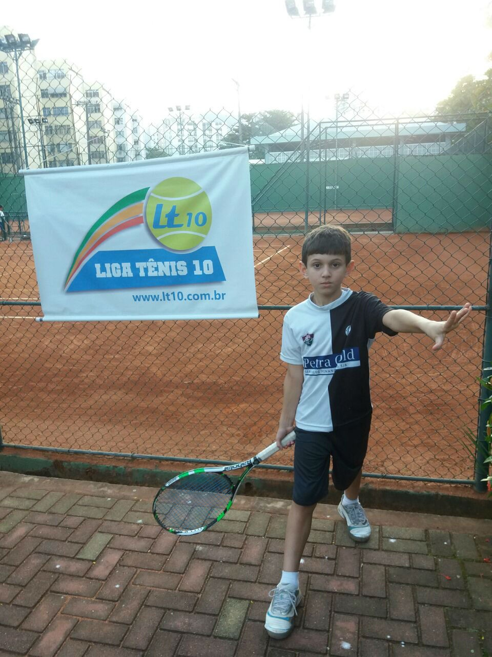 51ad9a7b7d Alunos de projetos sociais alcançam final da Liga Tênis 10