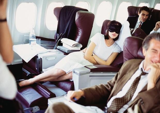 Saiba como dormir no Rio e acordar em Paris, com a Air France (Foto: Arthur Elgort, Vogue, June 1995)