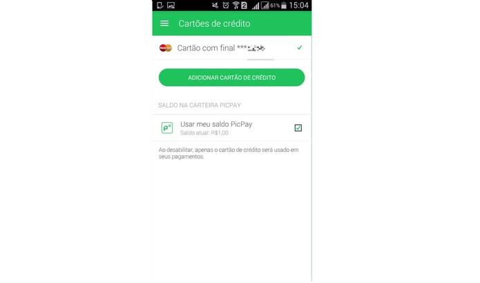 Confira o cartão cadastrado no PicPay e veja se quer utilizar o saldo da carteira (Foto: Reprodução/Isabela Giantomaso)