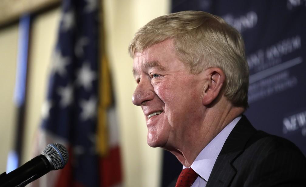 O pré-candidato republicano à presidência William F. Weld. — Foto: Charles Krupa/AP