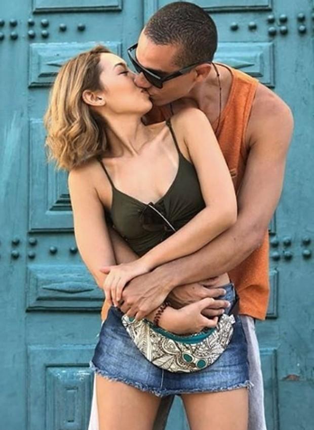 Ana Hikari e o namorado, Gerson (Foto: Reprodução/Instagram)