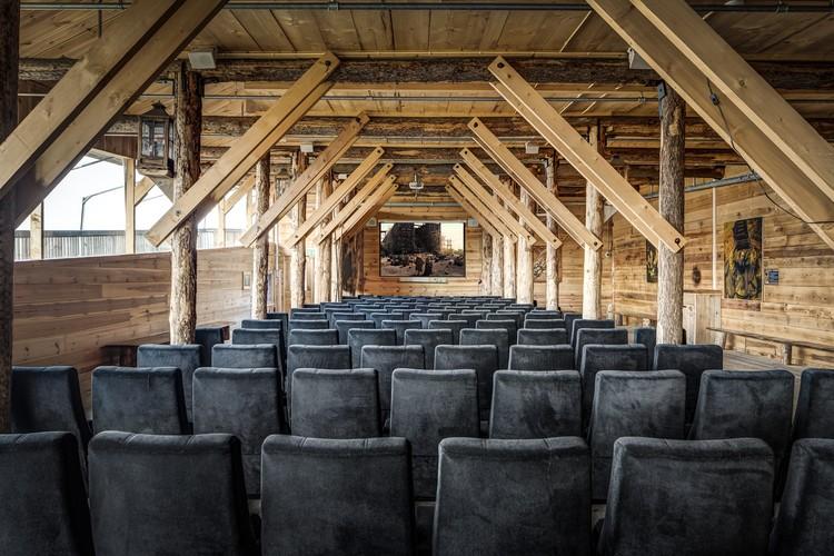 Interior da réplica da Arca de Noé (Foto: Divulgação)