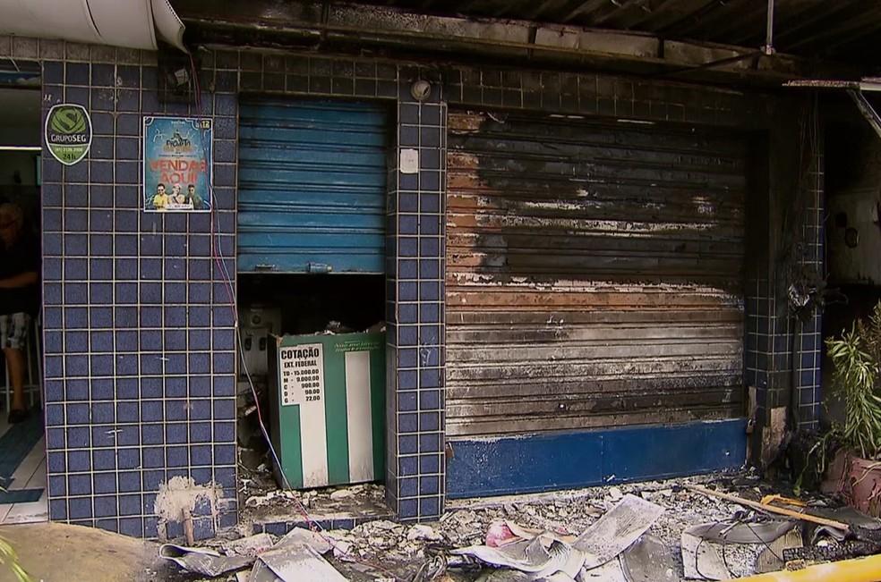 Dono do Ponto do Açaí foi preso suspeito de ser mandante de incêndio em loja concorrente no Recife (Foto: Reprodução/TV Globo)