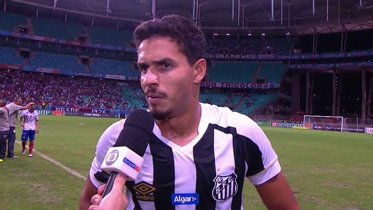 """Lucas Veríssimo após derrota com gol nos acréscimos: """"Um lance que não pode acontecer"""""""