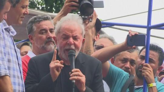 Ex-presidente Lula discursa em São Bernardo do Campo, no ABC Paulista