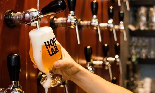 Hop Lab Pub comemora dois anos