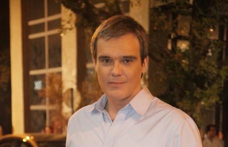 Na quarta (1°), o restaurante de Renê (Dalton Vigh) será sabotado em uma armação de Tereza Cristina (Christiane Torloni)  TV Globo