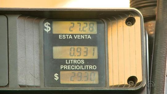 Falta de combustíveis leva motoristas de Uruguaiana a abastecer veículos na Argentina