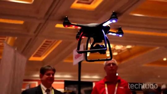 Drones na CES: conheça o esperto, o pro e o matador de 'pau de selfie'