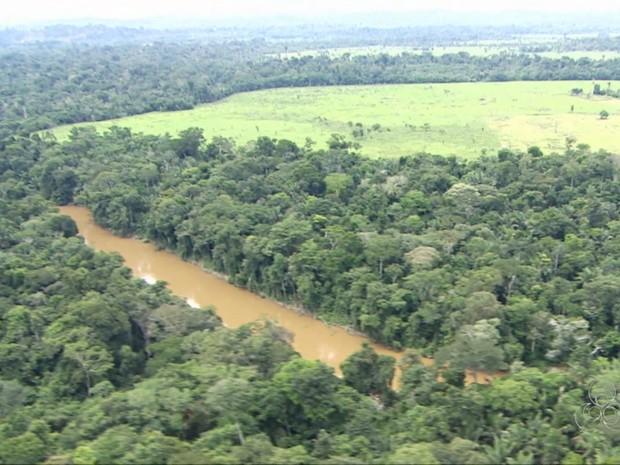 Pedaço de terra ão pertencia a nenhum dos dois estados (Foto: Rede Amazônica/ Reprodução)