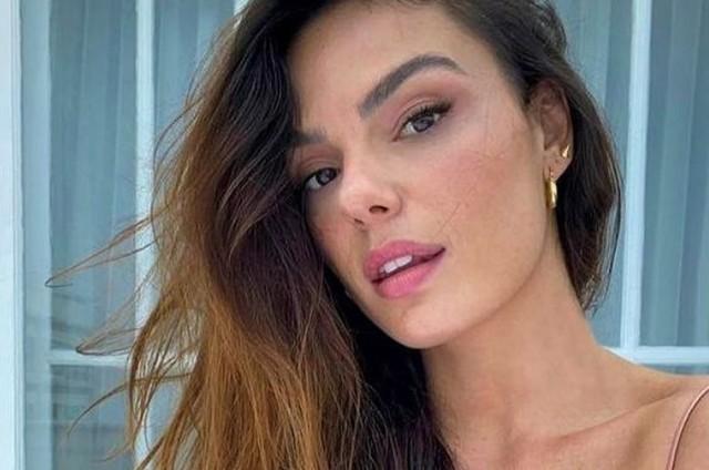 Isis Valverde é Betina em 'Amor de mãe' (Foto: Reprodução)