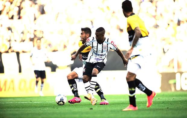 Malcom, Corinthians x Criciuma (Foto: Marcos Ribolli)