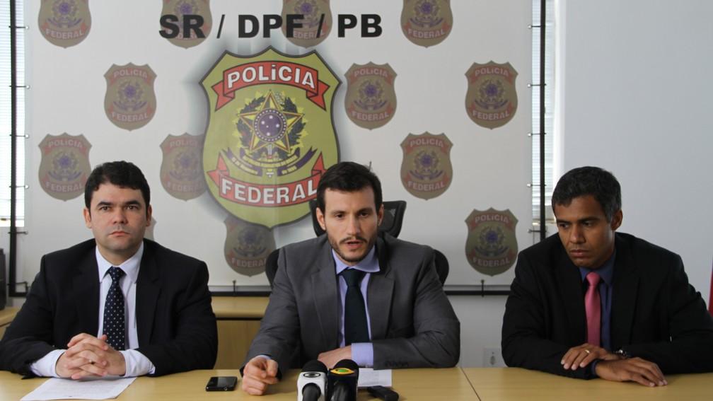 Informações sobre a 'Operação Gerônimo' foram repassadas em entrevista coletiva da Polícia Federal, em Cabedelo (Foto: Diogo Almeida/G1)