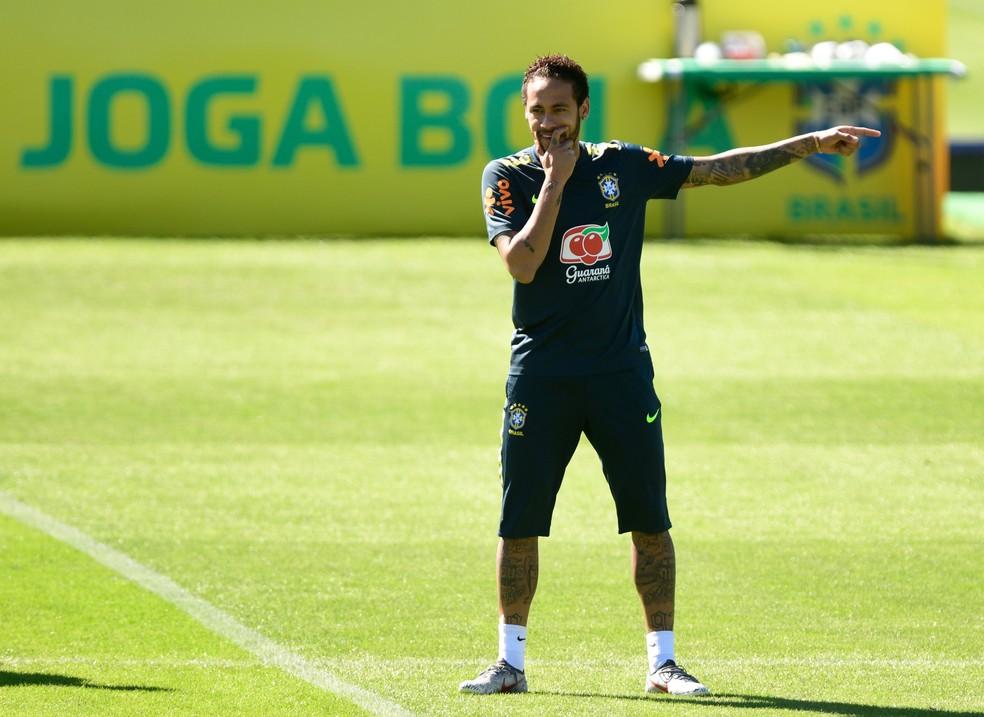 Neymar já treinou dois dias com a seleção brasileira — Foto: Pedro Martins / MoWA Press