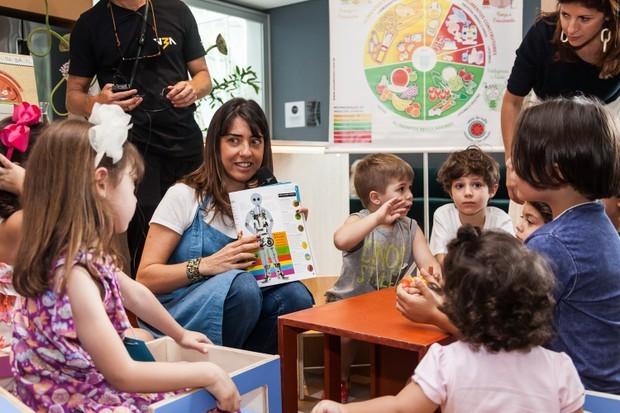 Momento workshop com as crianças (Foto: David Mazzo)